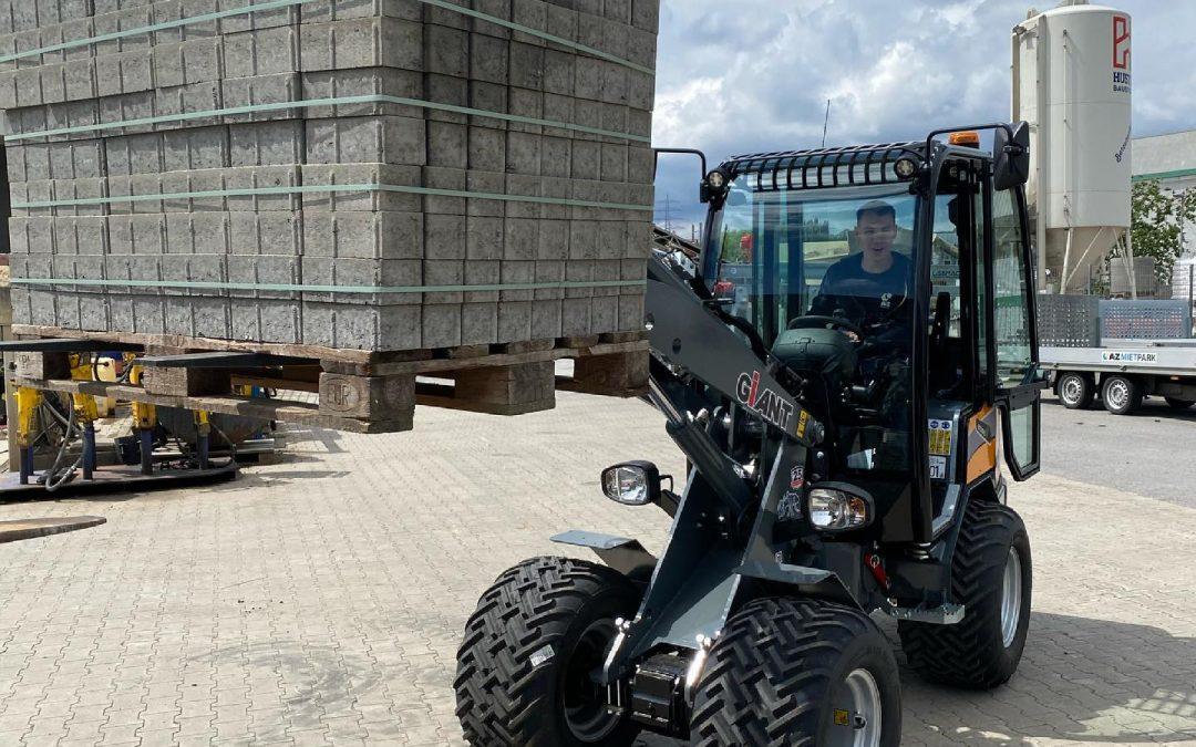 Neu im Mietpark – Giant Radlader G2500 HD